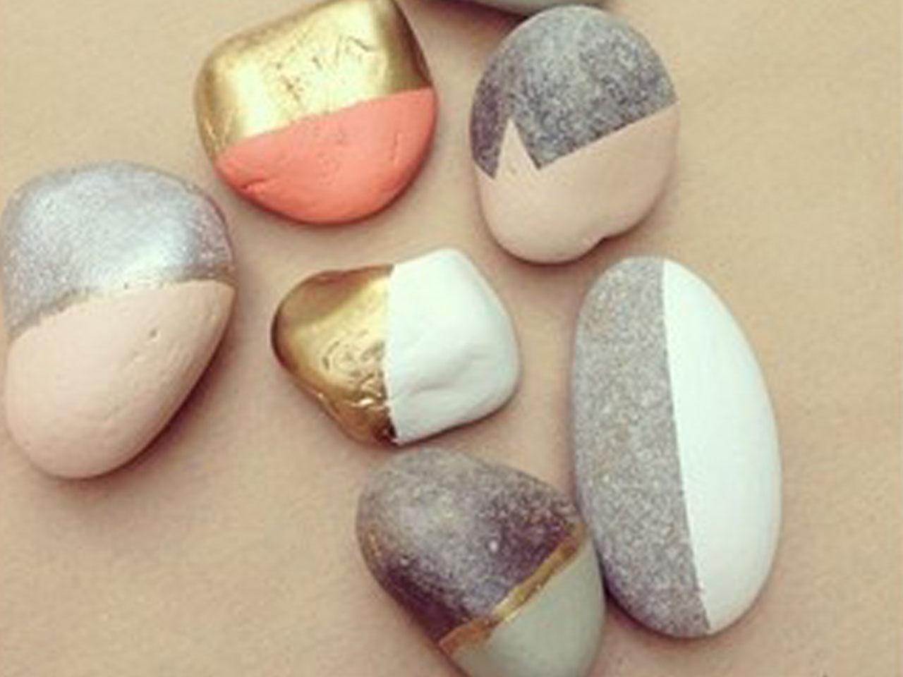 Manualidades con piedras de playa - Piedras para decorar ...