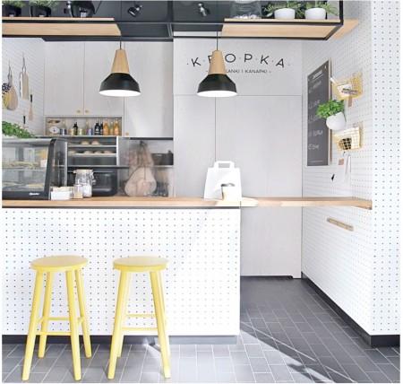 Decoraci n de cocinas con papel pintado for Como forrar una barra de bar