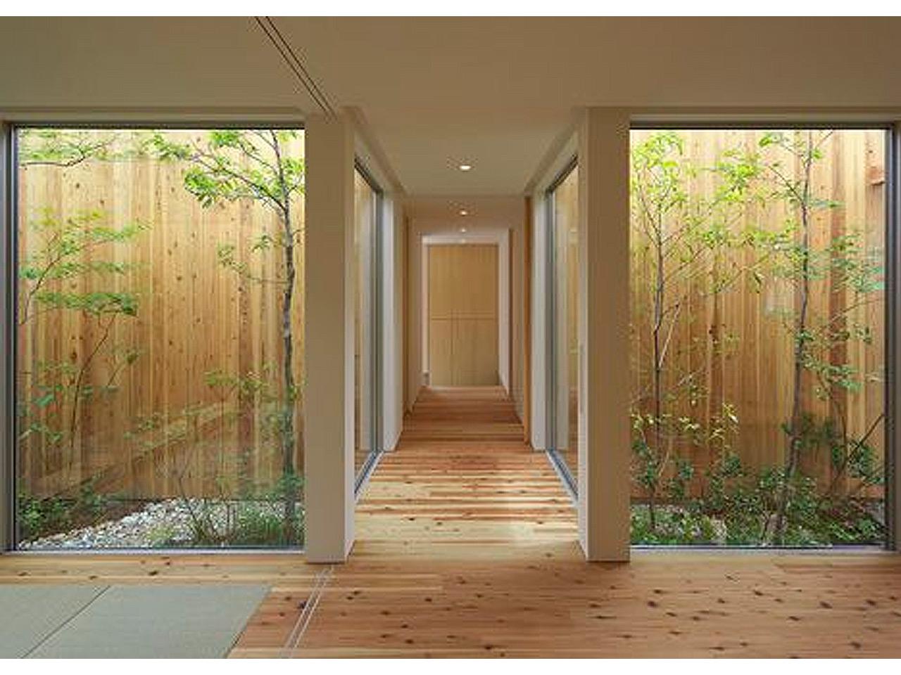 Tus 7 inspiraciones de decoraci n de terrazas interiores for Iluminacion para jardines interiores