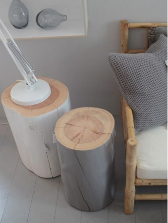 decoración con troncos de árboles