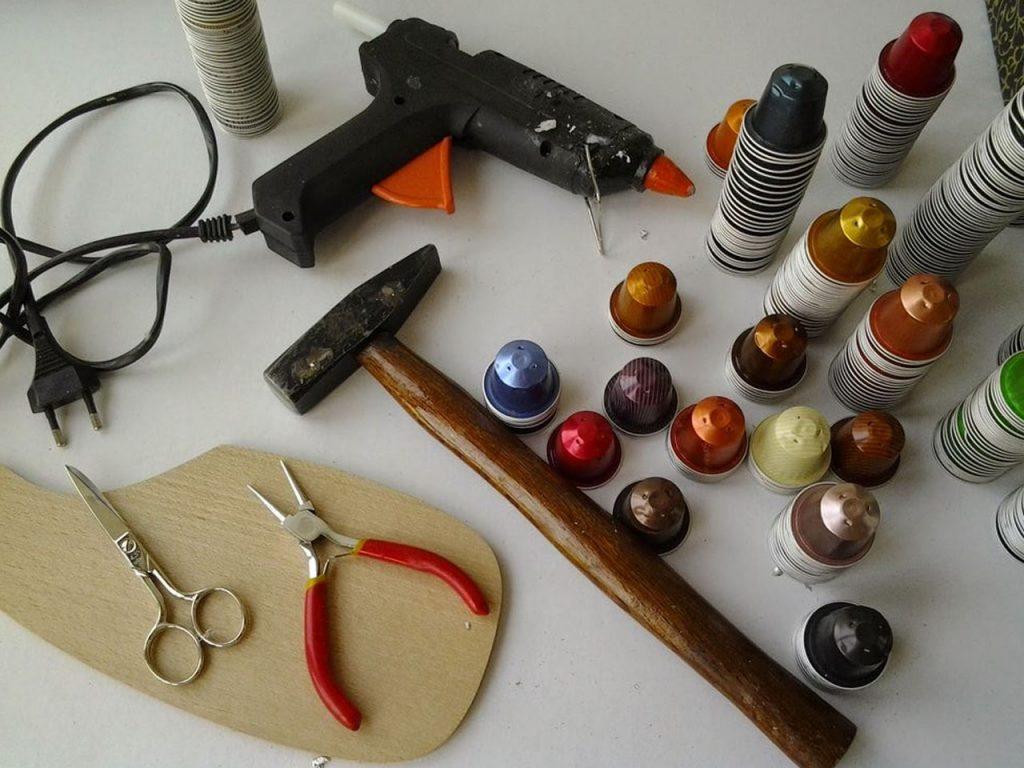 anillos , pulseras y broches con cápsulas de café nespresso