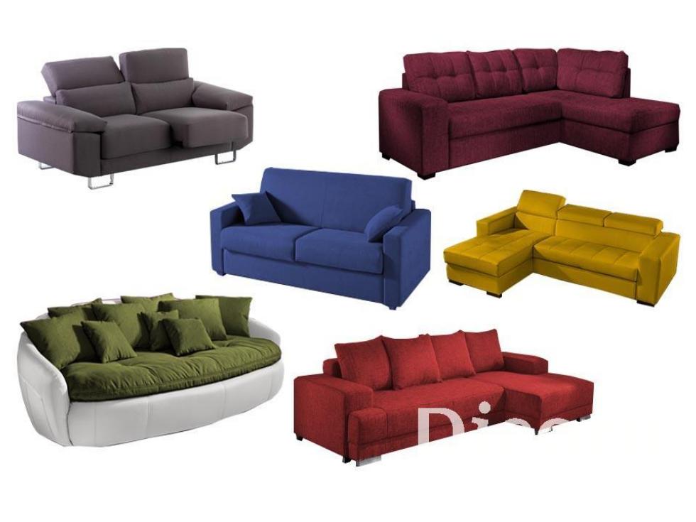 ¡Atrévete con un sofá único a todo color en tu moderno salón!