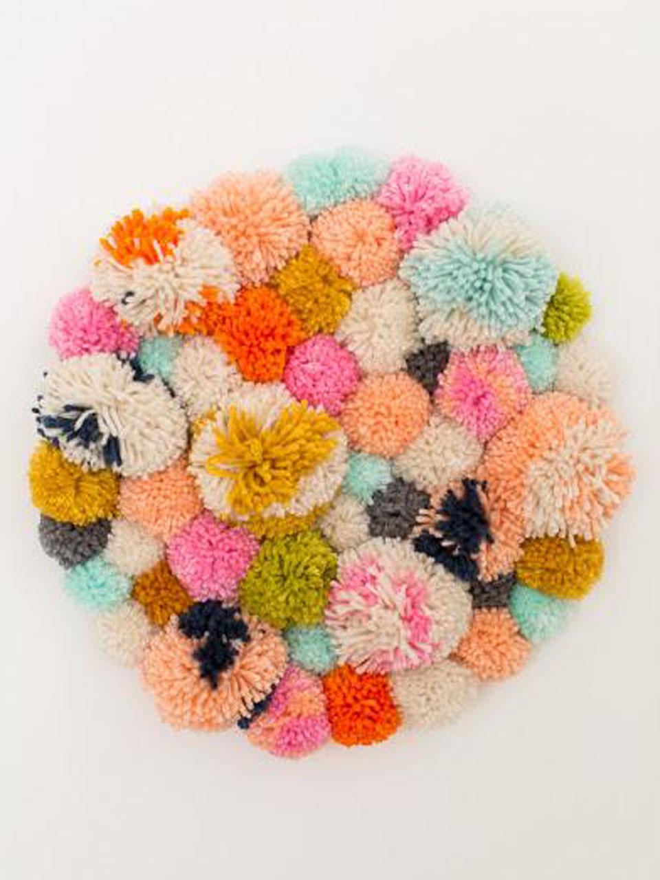 7 s per ideas para hacer pompones de lana para decorar - Tejidos de cortinas ...