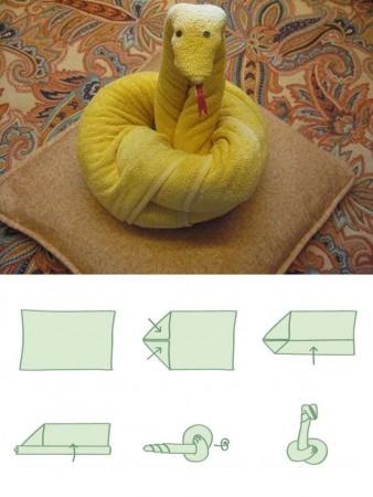 figuras con toallas con forma de serpiente