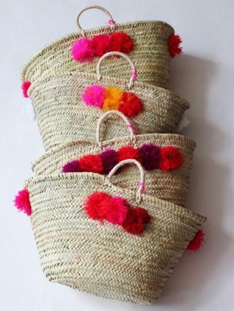 bolsos de playa con pompones
