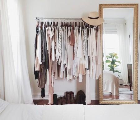 dormitorios con vestidores abiertos