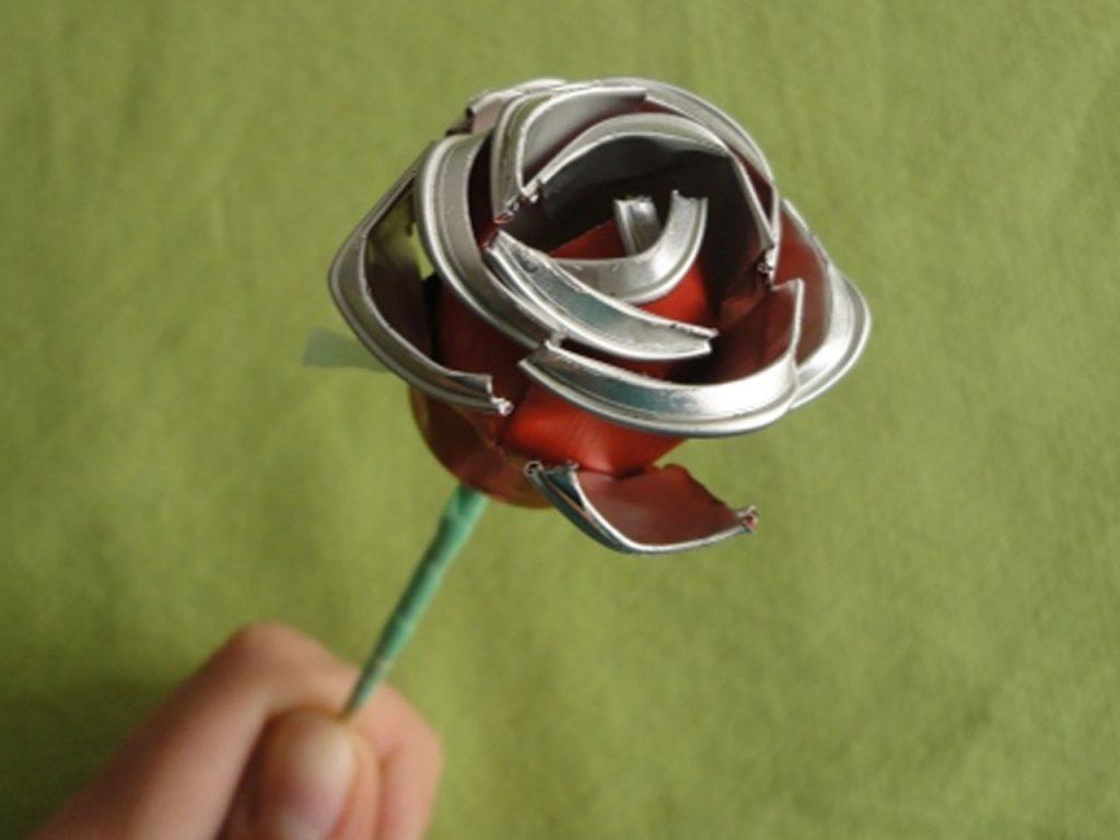 hacer una rosa con cápsulas de café nespresso