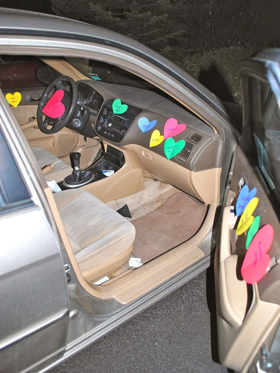 15 manualidades para san valent n f ciles de hacer for How to decorate your car interior